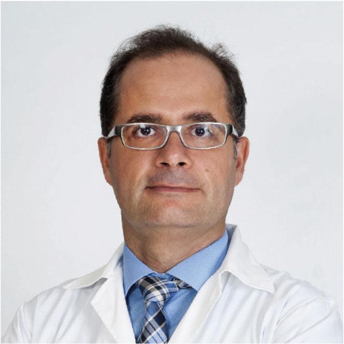 1 Dr Agustín Viera (Dermatólogo coordinador)