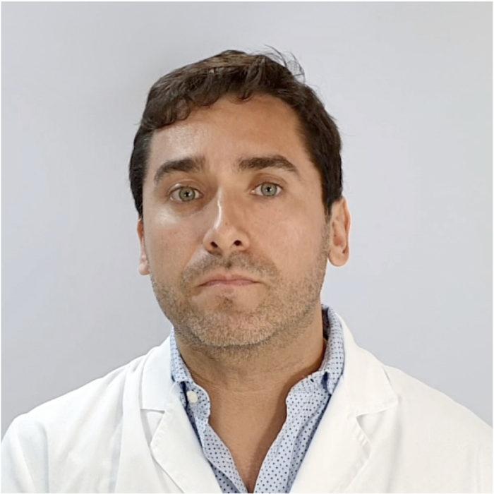9 Dr Felipe Castillo (Cirujano Plástico)