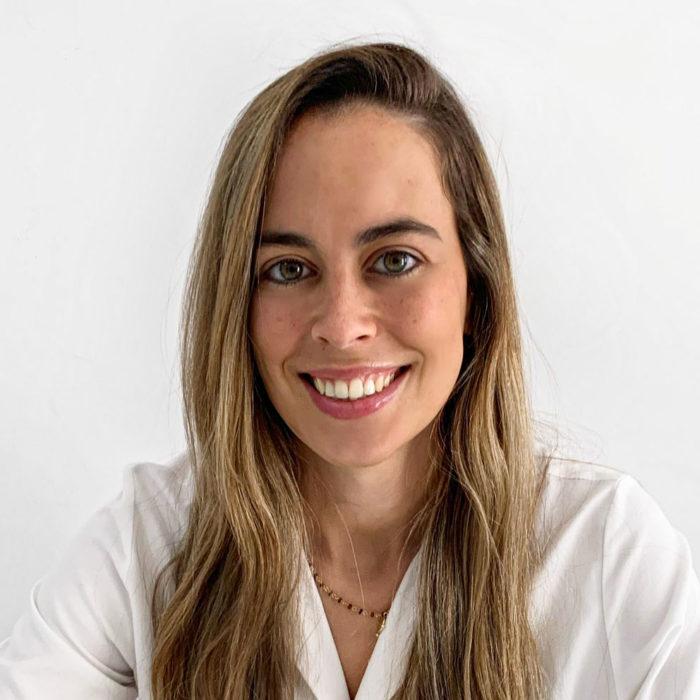 11 Dra Carolina Dominguez (Dermatologa Esp Med Estetica)